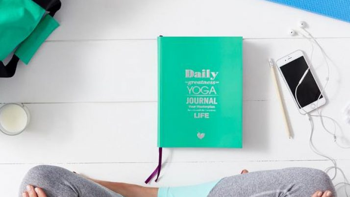 5 brilliant yoga gifts for Christmas