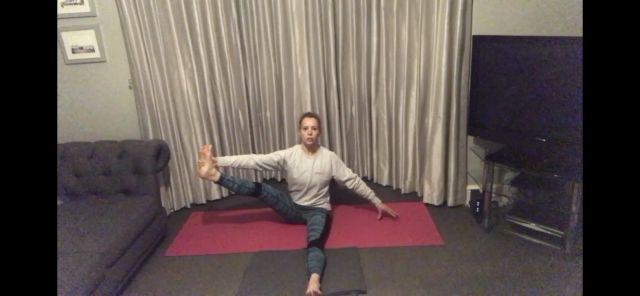 Yoga w/Louise